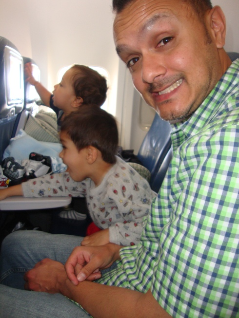 traveling on plane with kids
